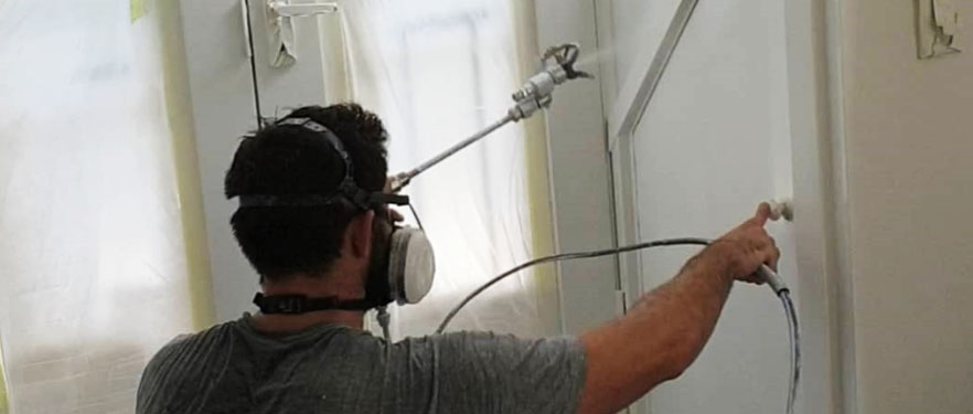 Airless Spray Paining inside Home