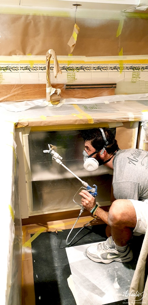 intensive airless spray painting